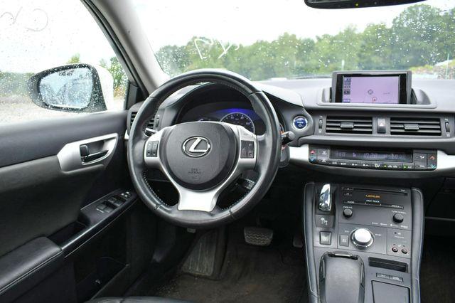 2013 Lexus CT 200h Hybrid Naugatuck, Connecticut 16