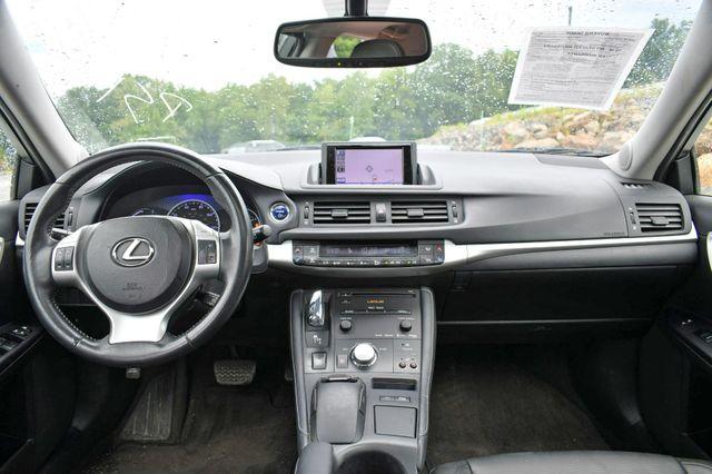 2013 Lexus CT 200h Hybrid Naugatuck, Connecticut 17
