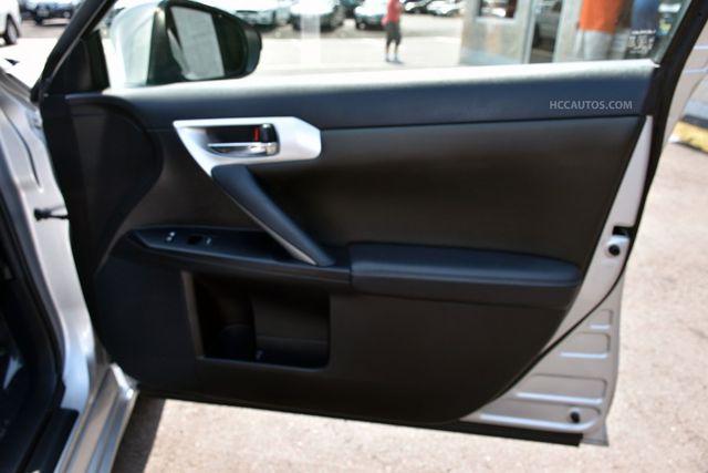 2013 Lexus CT 200h Hybrid Waterbury, Connecticut 19
