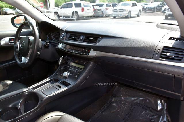 2013 Lexus CT 200h Hybrid Waterbury, Connecticut 18