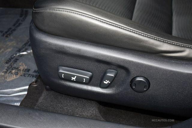2013 Lexus CT 200h Hybrid Waterbury, Connecticut 23