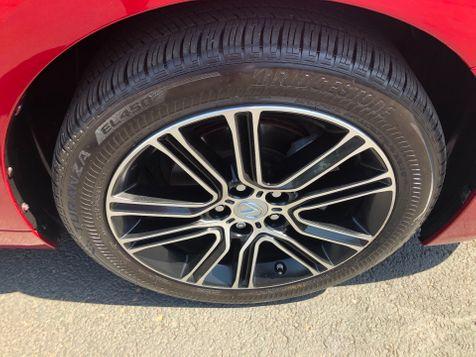 2013 Lexus ES 300h Hybrid | Ashland, OR | Ashland Motor Company in Ashland, OR