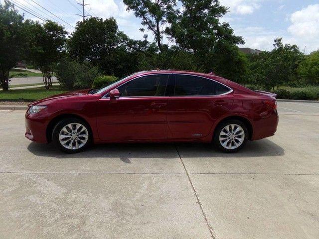 2013 Lexus ES 300h Hybrid in Carrollton, TX 75006