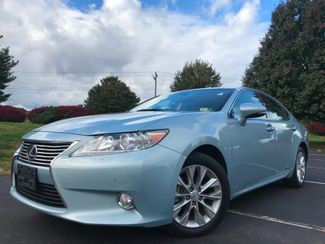 2013 Lexus ES 300h Hybrid in Leesburg, Virginia 20175