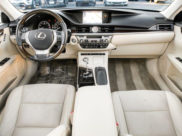 2013 Lexus ES 350 4dr Sdn Burbank, CA 8