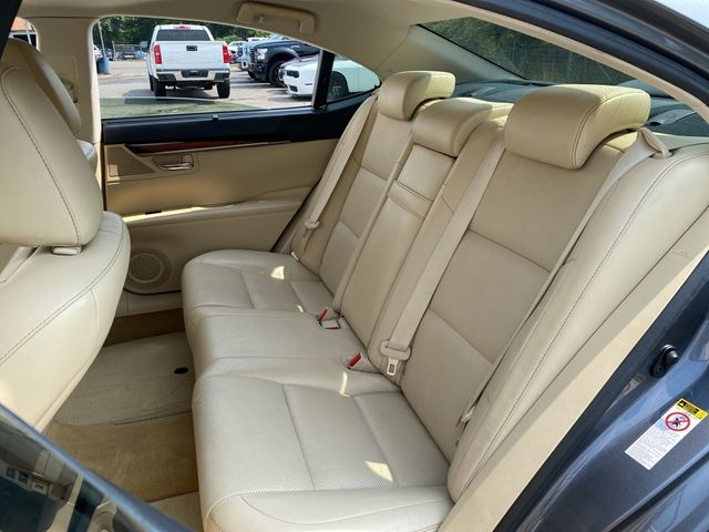 2013 Lexus ES 350 4dr Sdn Madison, NC 21
