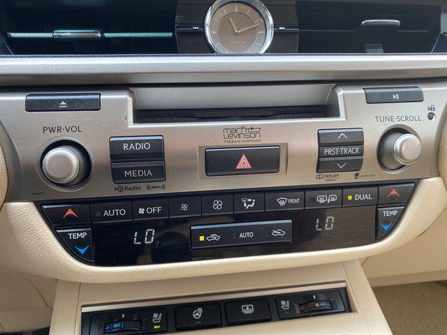 2013 Lexus ES 350 4dr Sdn Madison, NC 35