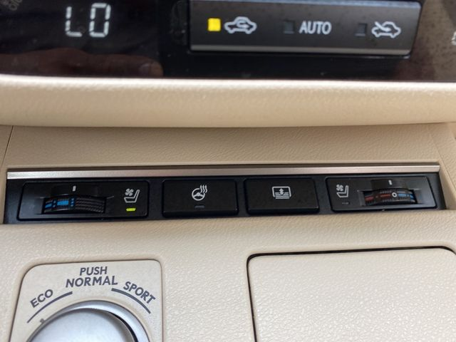 2013 Lexus ES 350 4dr Sdn Madison, NC 37