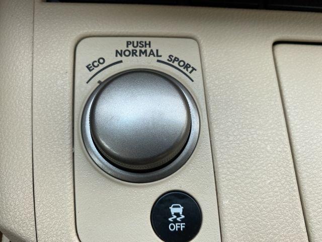 2013 Lexus ES 350 4dr Sdn Madison, NC 38