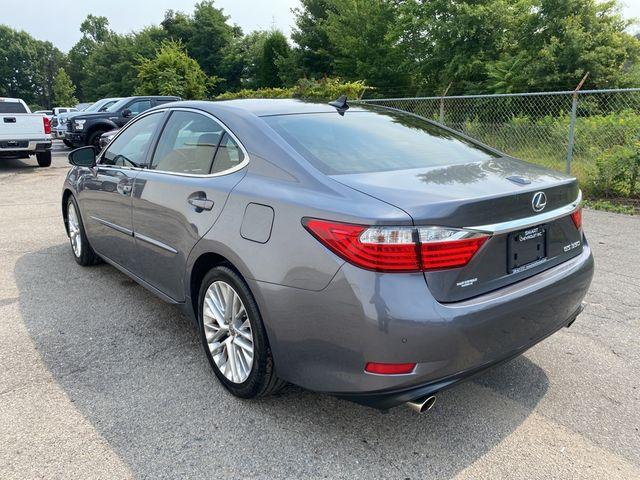 2013 Lexus ES 350 4dr Sdn Madison, NC 3