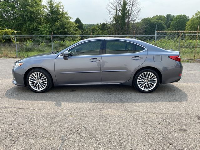 2013 Lexus ES 350 4dr Sdn Madison, NC 4