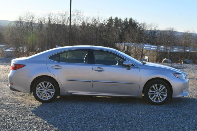 2013 Lexus ES 350 4dr Sdn Naugatuck, Connecticut 5