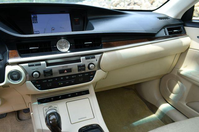 2013 Lexus ES 350 4dr Sdn Naugatuck, Connecticut 18