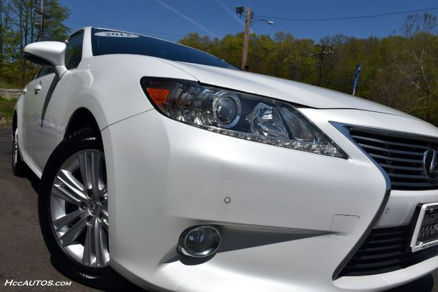 2013 Lexus ES 350 4dr Sdn Waterbury, Connecticut 11