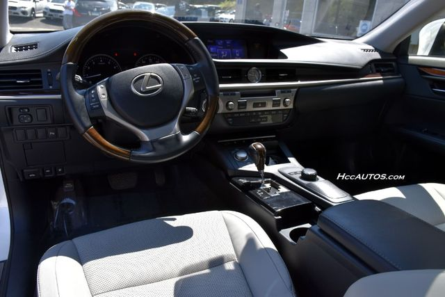 2013 Lexus ES 350 4dr Sdn Waterbury, Connecticut 14