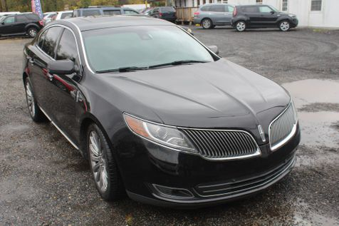 2013 Lincoln MKS  in Harwood, MD