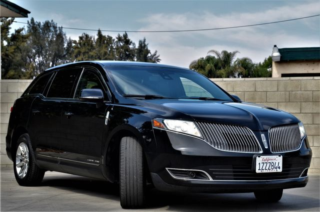 2013 Lincoln MKT in Reseda, CA, CA 91335