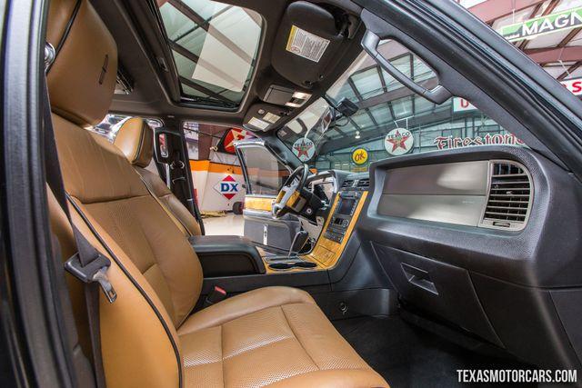 2013 Lincoln Navigator in Addison Texas, 75001