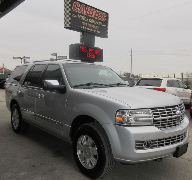 2013 Lincoln Navigator south houston, TX 4