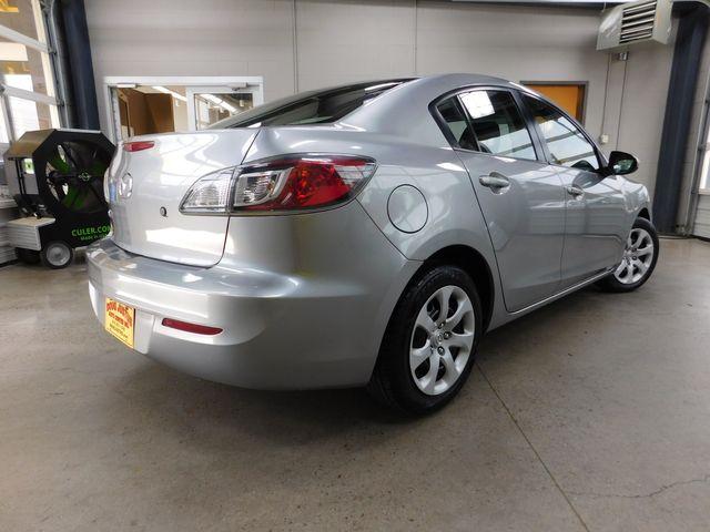 2013 Mazda Mazda3 i SV in Airport Motor Mile ( Metro Knoxville ), TN 37777