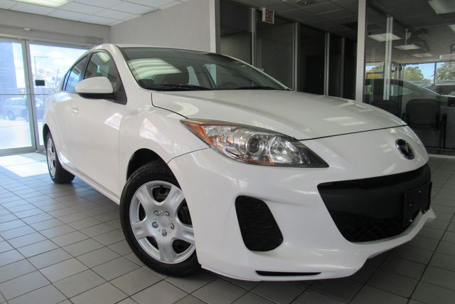 2013 Mazda Mazda3 i SV Chicago, Illinois
