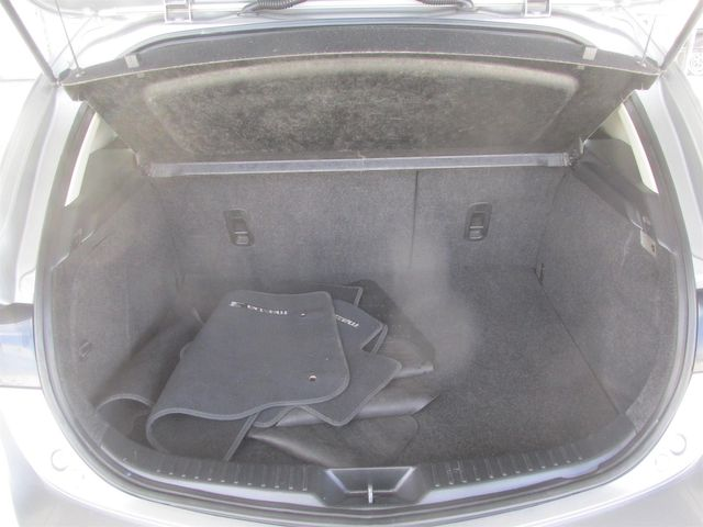 2013 Mazda Mazda3 i Touring Gardena, California 11
