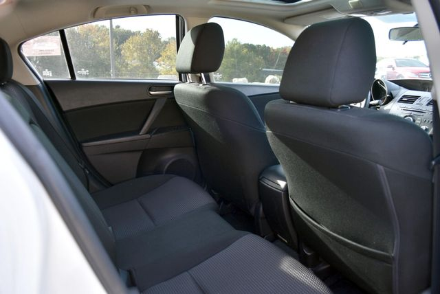 2013 Mazda Mazda3 i Touring Naugatuck, Connecticut 11