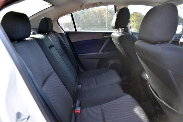 2013 Mazda Mazda3 i Touring Naugatuck, Connecticut 12