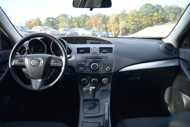 2013 Mazda Mazda3 i Touring Naugatuck, Connecticut 14