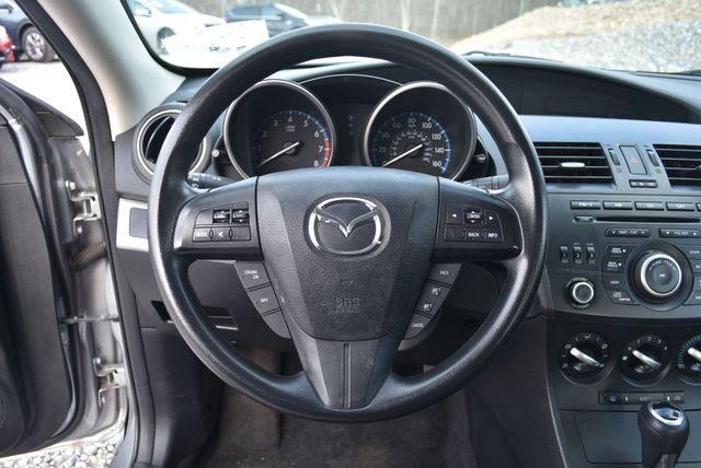 2013 Mazda Mazda3 i Sport Naugatuck, Connecticut 18