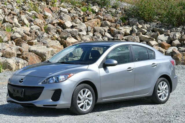 2013 Mazda Mazda3 i Touring Naugatuck, Connecticut