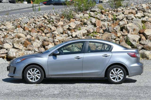 2013 Mazda Mazda3 i Touring Naugatuck, Connecticut 1