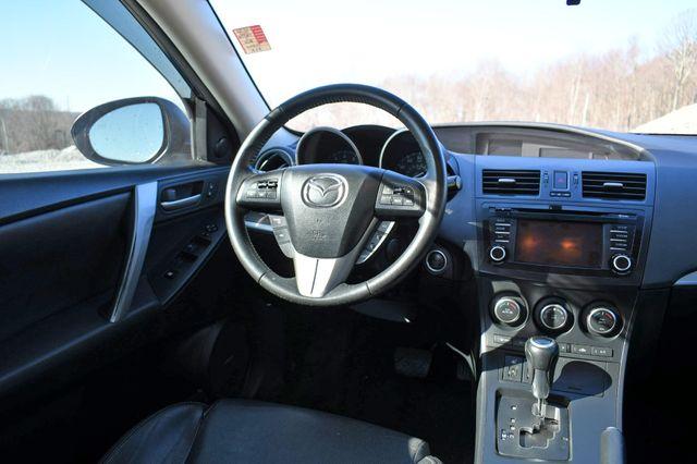 2013 Mazda Mazda3 i Grand Touring Naugatuck, Connecticut 18