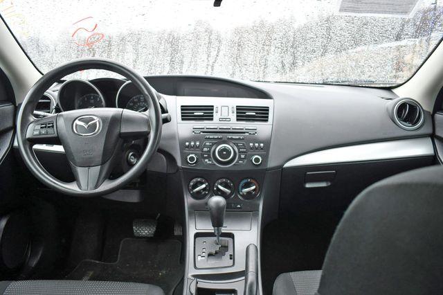 2013 Mazda Mazda3 i SV Naugatuck, Connecticut 15