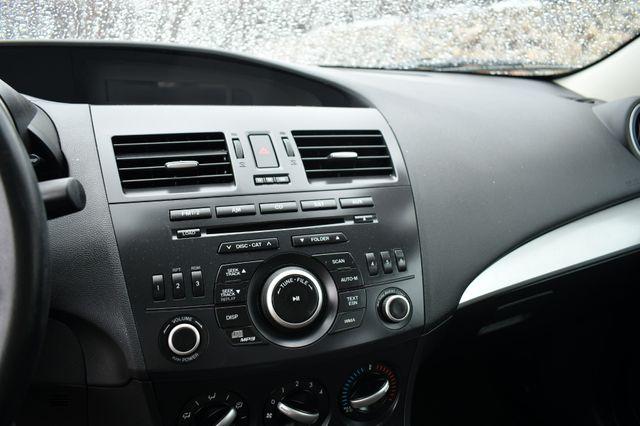 2013 Mazda Mazda3 i SV Naugatuck, Connecticut 19