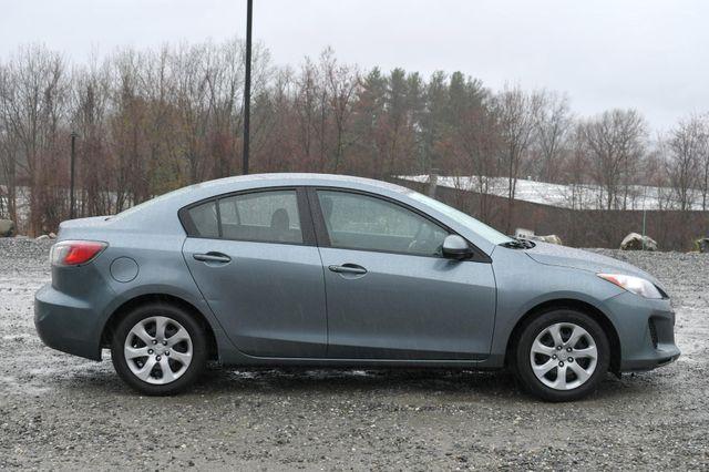 2013 Mazda Mazda3 i SV Naugatuck, Connecticut 7