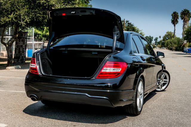 2013 Mercedes-Benz C 250 Luxury Reseda, CA 11