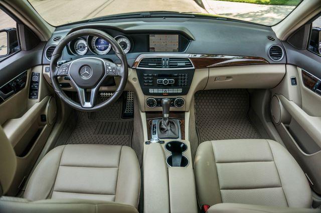 2013 Mercedes-Benz C 250 Luxury Reseda, CA 18