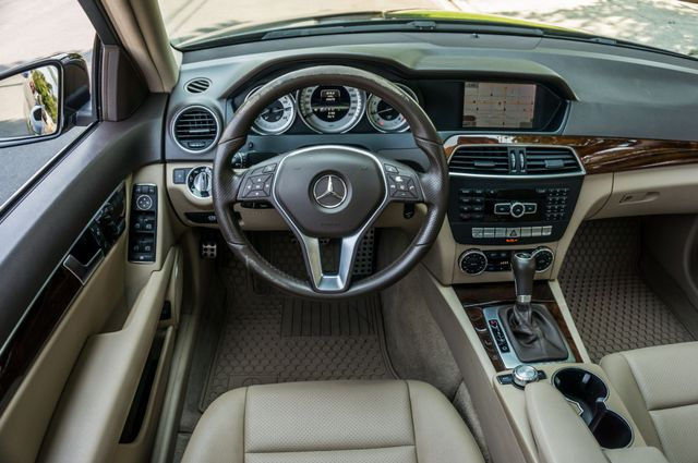 2013 Mercedes-Benz C 250 Luxury Reseda, CA 19