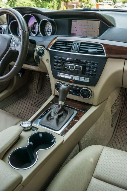 2013 Mercedes-Benz C 250 Luxury Reseda, CA 22