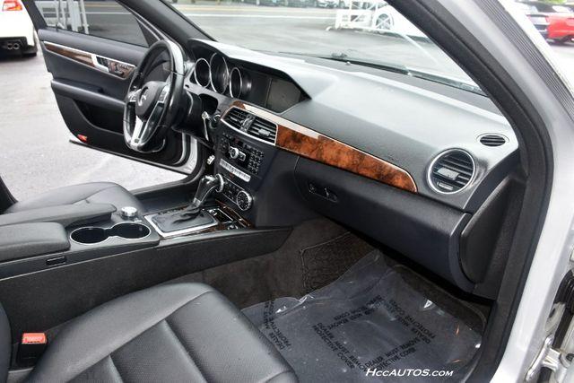 2013 Mercedes-Benz C-Class 4dr Sdn C300 Sport 4MATIC Waterbury, Connecticut 19
