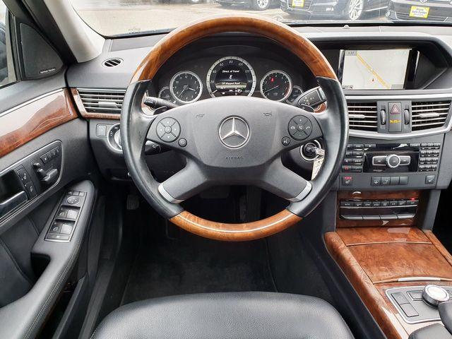 2013 Mercedes-Benz E 350 AWD Luxury w/Premium/Navigation/Lane Assist in Louisville, TN 37777