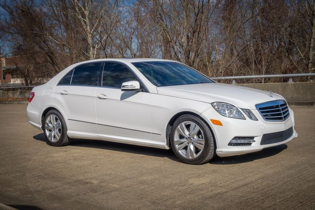 2013 Mercedes-Benz E 400 Sport SUNROOF LEATHER SEATS in Memphis, Tennessee 38115