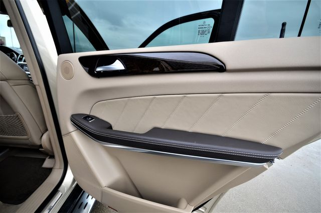 2013 Mercedes-Benz GL 450 in Reseda, CA, CA 91335