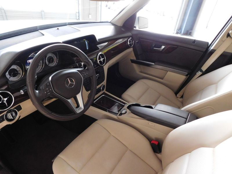2013 Mercedes-Benz GLK 350 350 4MATIC  city TN  Doug Justus Auto Center Inc  in Airport Motor Mile ( Metro Knoxville ), TN