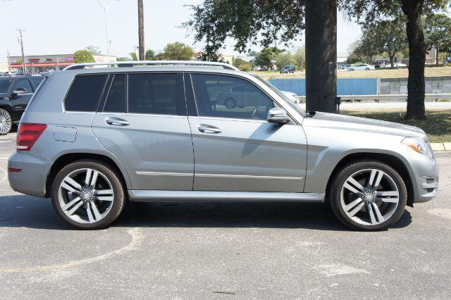 2013 Mercedes-Benz GLK 350 GLK350 4MATIC in San Antonio, TX 78233