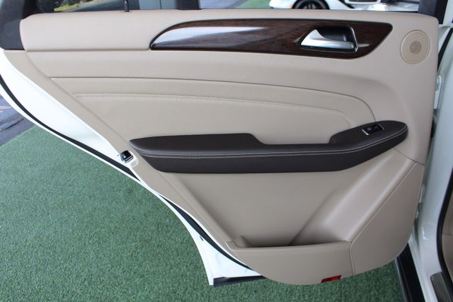 2013 Mercedes-Benz ML 350 RWD - PREMIUM 1 PKG - NAV! Mooresville , NC 44