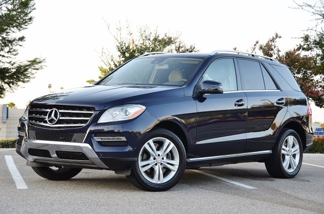 2013 Mercedes-Benz ML 350  AUTO - 33K MILES - NAVI - HTD STS - SUNROOF Reseda, CA 7