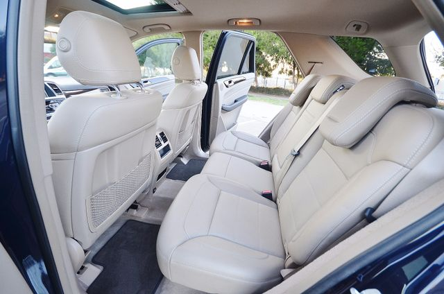 2013 Mercedes-Benz ML 350  AUTO - 33K MILES - NAVI - HTD STS - SUNROOF Reseda, CA 21