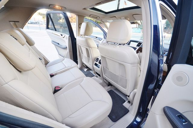 2013 Mercedes-Benz ML 350  AUTO - 33K MILES - NAVI - HTD STS - SUNROOF Reseda, CA 22
